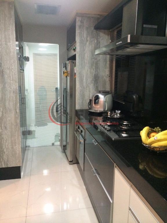 duplex com 169 m² privativos - cinematográfico, 02 suítes amplas com ar condicionado, closet, living 03...