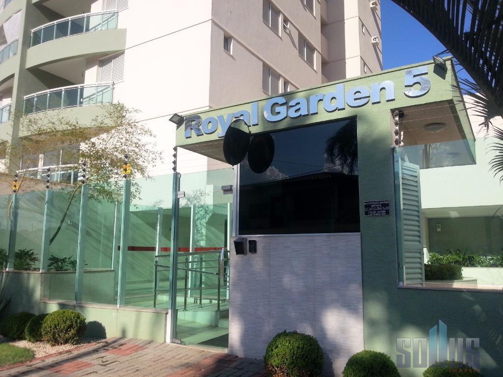 Apartamento residencial à venda, Cidade Jardim, Goiânia - AP0038.