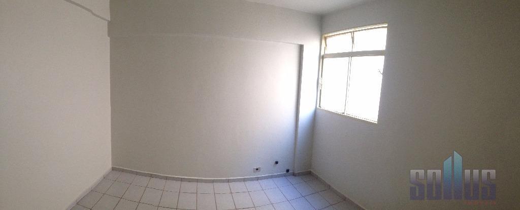 edifício anhembidescrição do imóvel:ótimo apartamento1 sala de estar3 quartos1 cozinha circulaçãobanheiro social com boxdependência de empregada1...