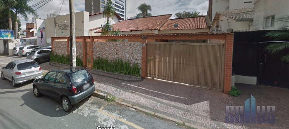 Casa residencial para venda e locação, Setor Bueno, Goiânia.