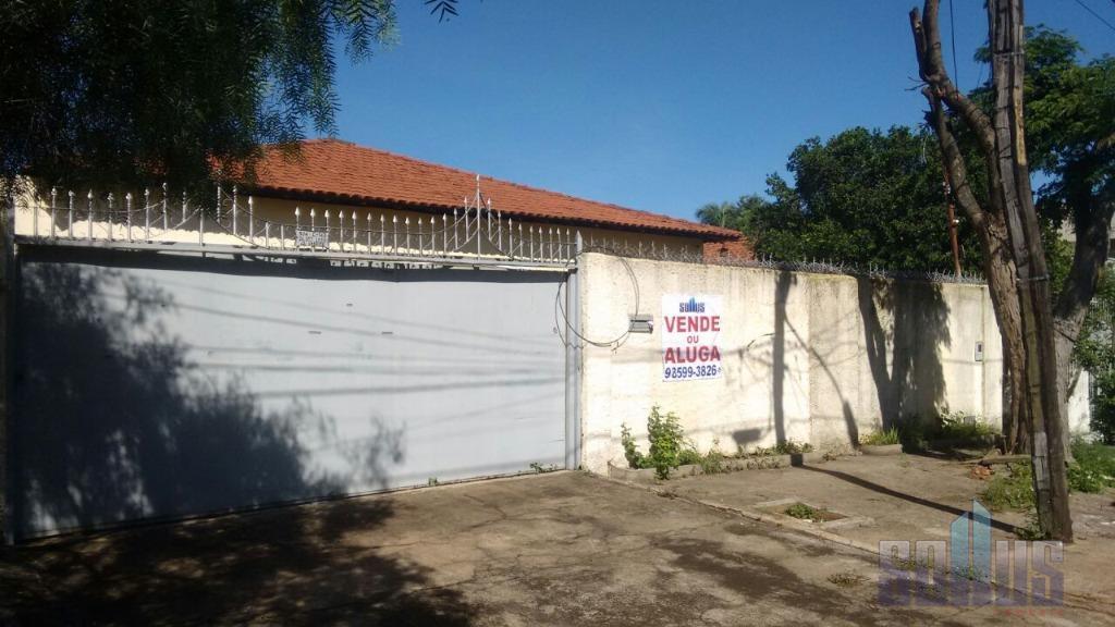 casa no jardim américa com ótima localização e fácil acesso. próxima a vários comércios e bancos...