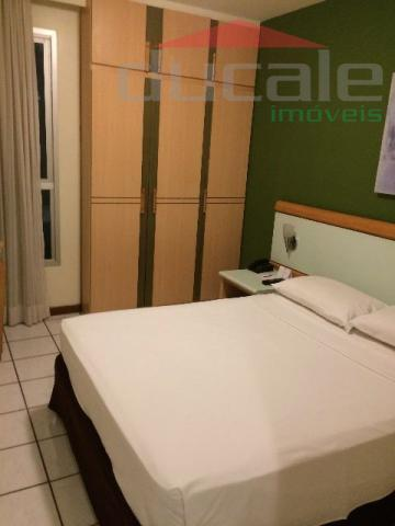 Lindo quarto e Sala (flat) com varanda Praia do Canto