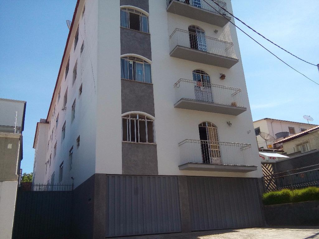 Apartamento residencial à venda, Centro, Barbacena.