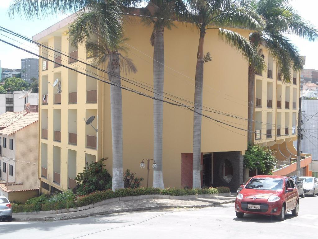 Apartamento residencial para locação, Centro, Barbacena.