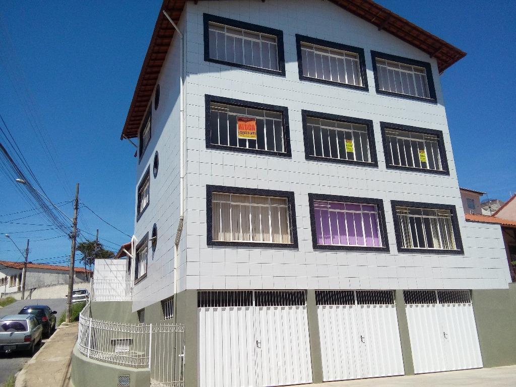 Apartamento residencial para locação, Santa Tereza II, Barbacena.