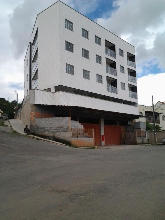 Apartamento residencial à venda, Diniz II, Barbacena.