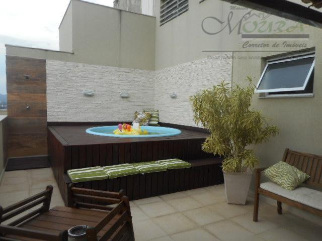 condomínio estrelas! belíssima cobertura duplex, composta no 1º pavimento de uma sala em dois ambientes, teto...