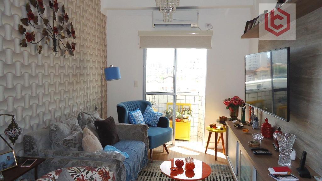 Boqueirão, Apartamento residencial à venda, 68m², 2 dom./1 suíte,  sla 2 ambientes, sacada, reformado, 1 vaga garagem, Santos.