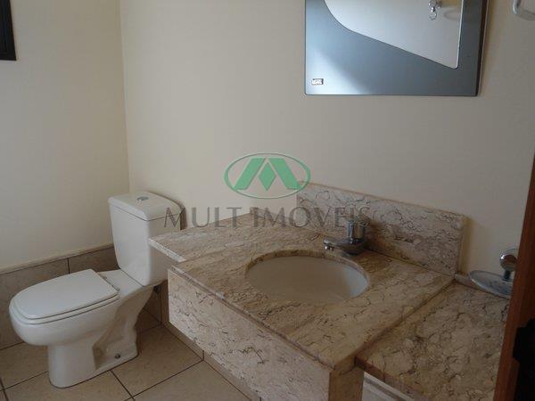 localização privilegiada, área nobre, 4 dormitórios rico em armários, sendo 1 suite, sala 2 ambientes c/...