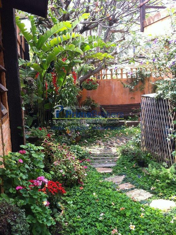 Sobrado de 4 dormitórios em Vila Madalena, São Paulo - SP
