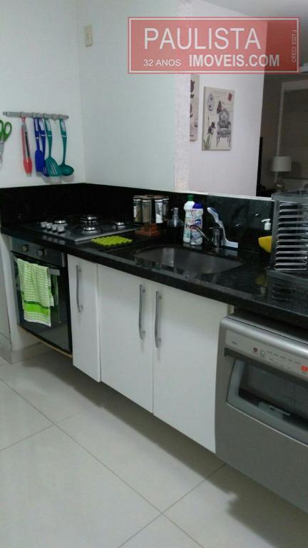 belíssimo apartamento em andar baixo, com sala ampliada.fino acabamento, ventilado e ensolarado. pronto para morar.ótima localização,...