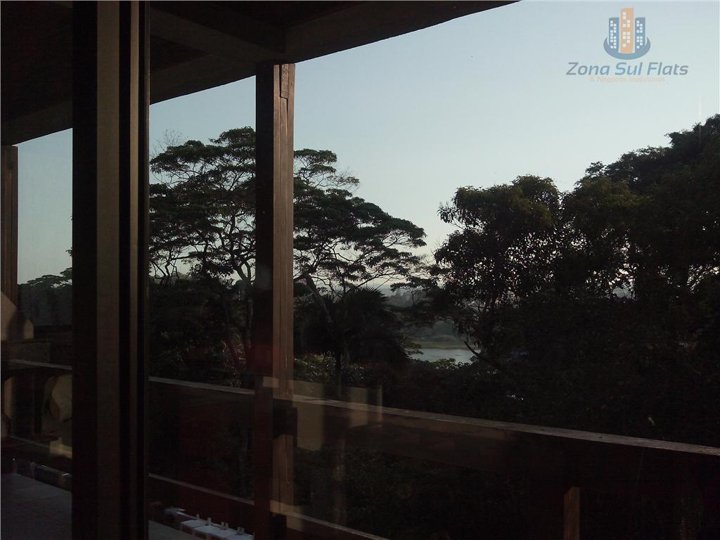 linda casa nas margens da represa guarapiranga, com 3 andares, piscina, quadra poliesportiva e casa de...