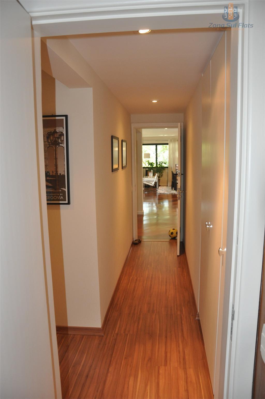 excelente oportunidade!!!apartamento altíssimo padrão sem mobília, para venda ou locação!3 quartos sendo 3 suítes,sala completa, cozinha...