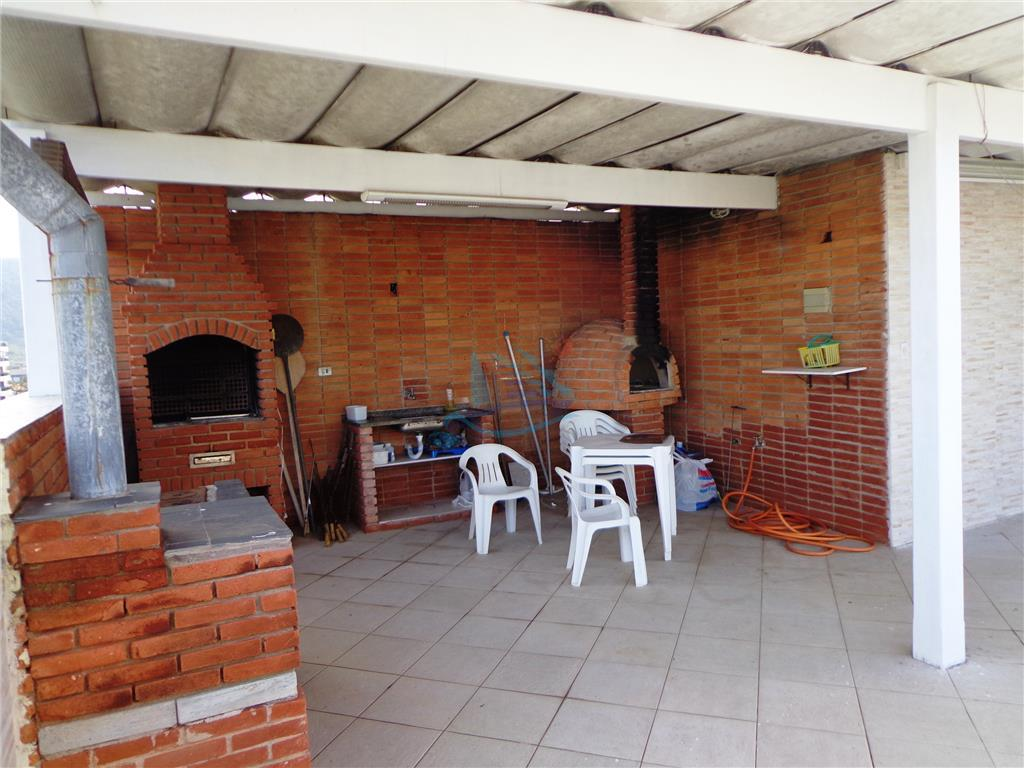cobertura duplex localizada na região da brunella na praia da enseada.2 dormitórios, sala, cozinha, banheiro, área...