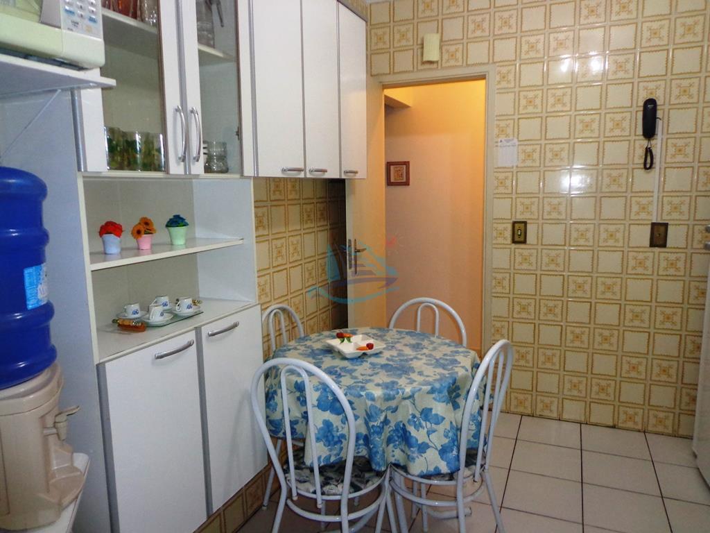 lindo apartamento aconchegante para venda na praia da enseada no guarujá.com 2 dormitórios, sala ampla para...
