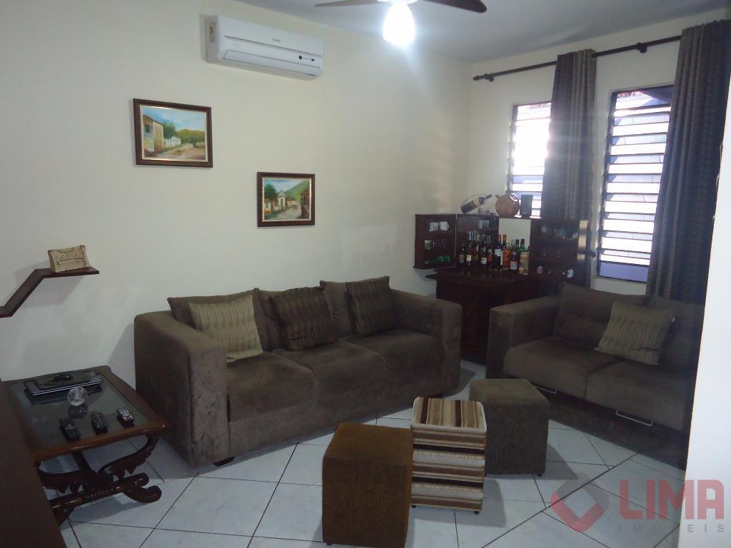 Casa no Jd Guadalajara a venda