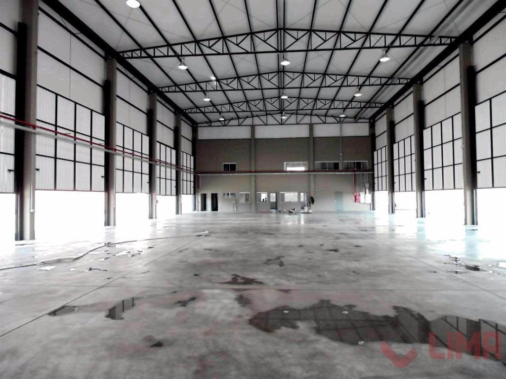 Barracão, 1.377 m² área construída