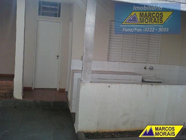 imóvel com 3 dormitórios: sendo 02 dormitórios com armários., sendo 3 suítes, 5 banheiros, 1 lavabo,...