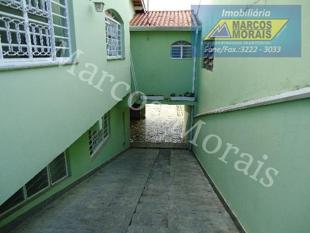 lindo imóvel com 3 dormitórios , sendo 1 suíte, com armários, piso: laminado de madeira nos...