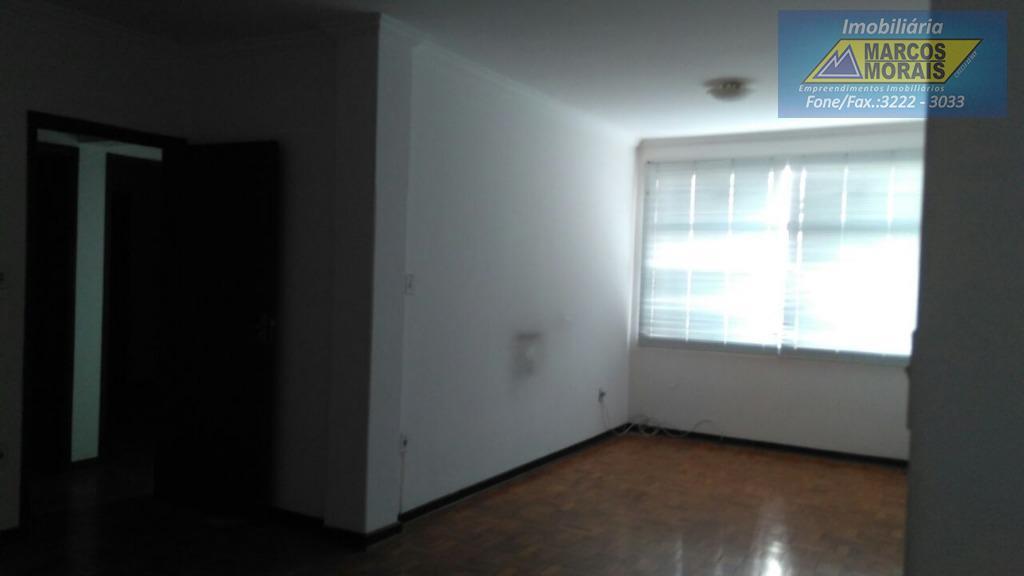 lindo apartamento, reformado com 2 dormitórios, um deles com armários embutidos, ambos com porta balcão e...