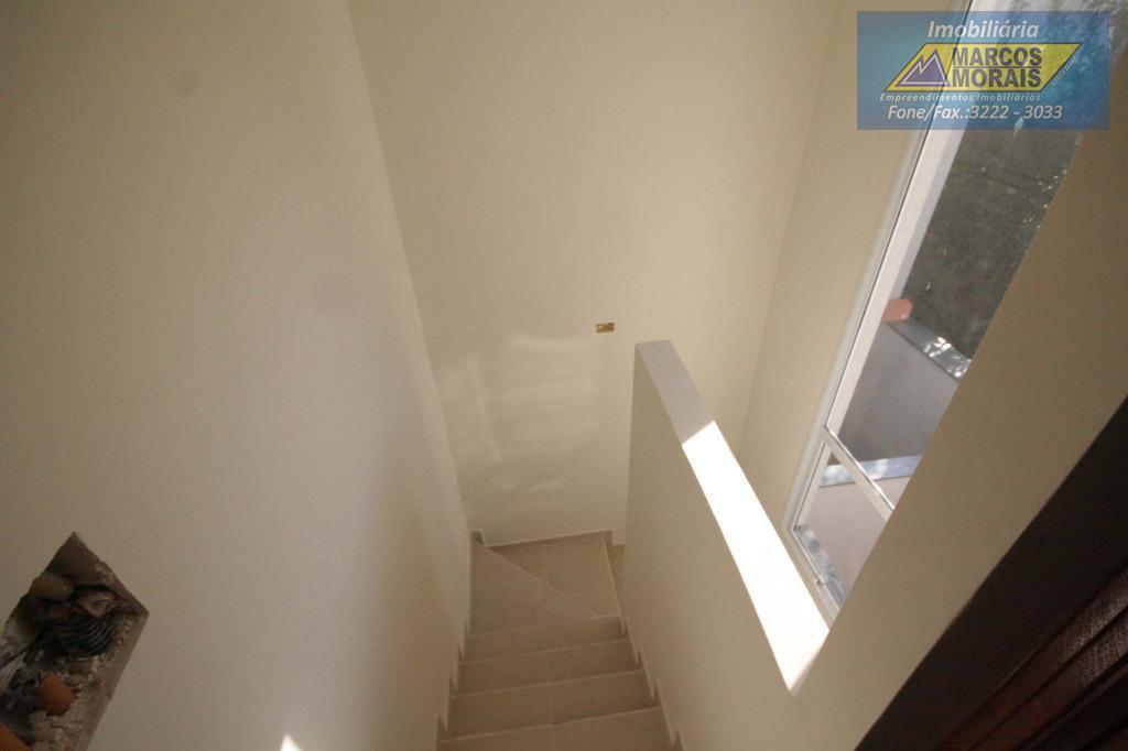 lindo sobrado , muito próximo ao centro , 02 quartos , acabamento sem igual, pias de...