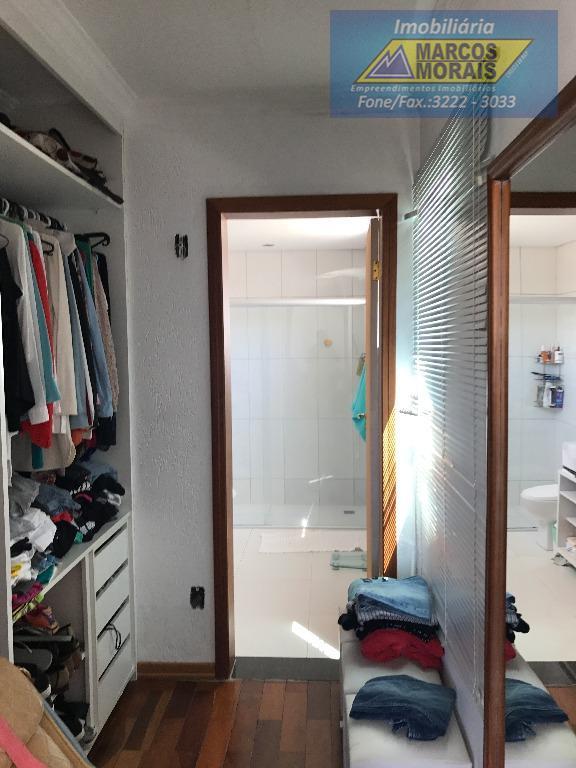 parte do closet casal