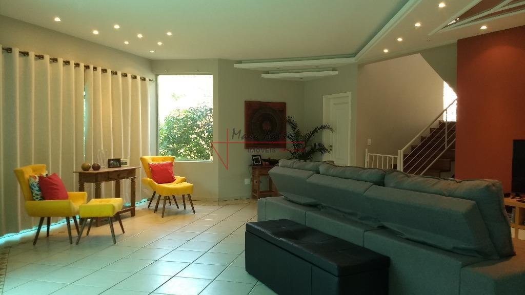 """""""sobrado em condomínio fechado, vinhedo sp""""área do terreno: 1.061,00 m² área construída: 326,00 m².ambiente interno: piso..."""