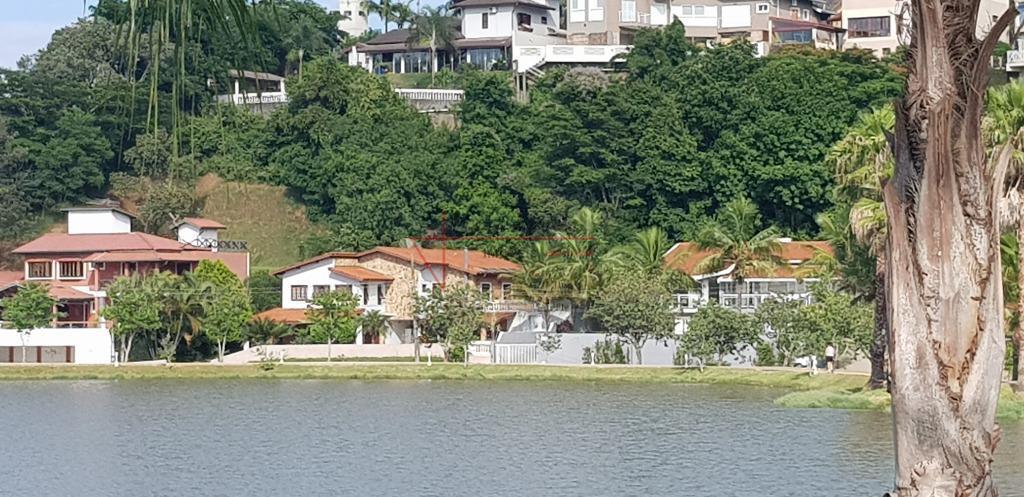 """""""sobrado vista panorâmica lago, cond. fechado, vinhedo"""" área do terreno: 814,00 m² área construída: 300,00 m²ambiente..."""