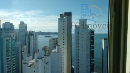 Duplex com vista mar e 3 suítes