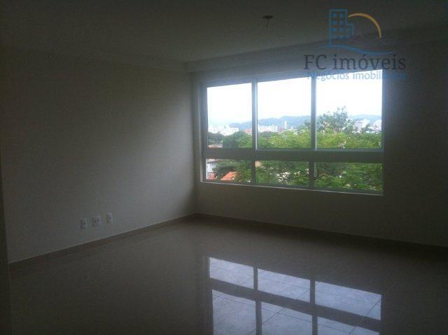Apartamento NOVO próximo a Havan, com 1 suíte e 2 demi-suítes.