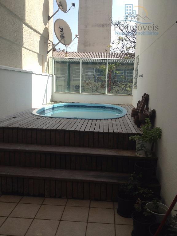 apartamento diferenciado com 1 suíte + 2 dormitórios, banheiro social, living, cozinha, semi-mobiliado, 1º andar, terraço...