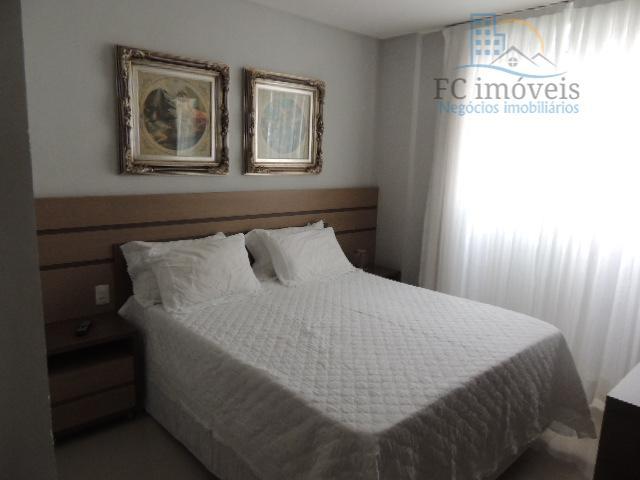 apartamento com 105 m² de área privativa, 1 suíte + 2 demi-suítes, living, cozinha e ampla...