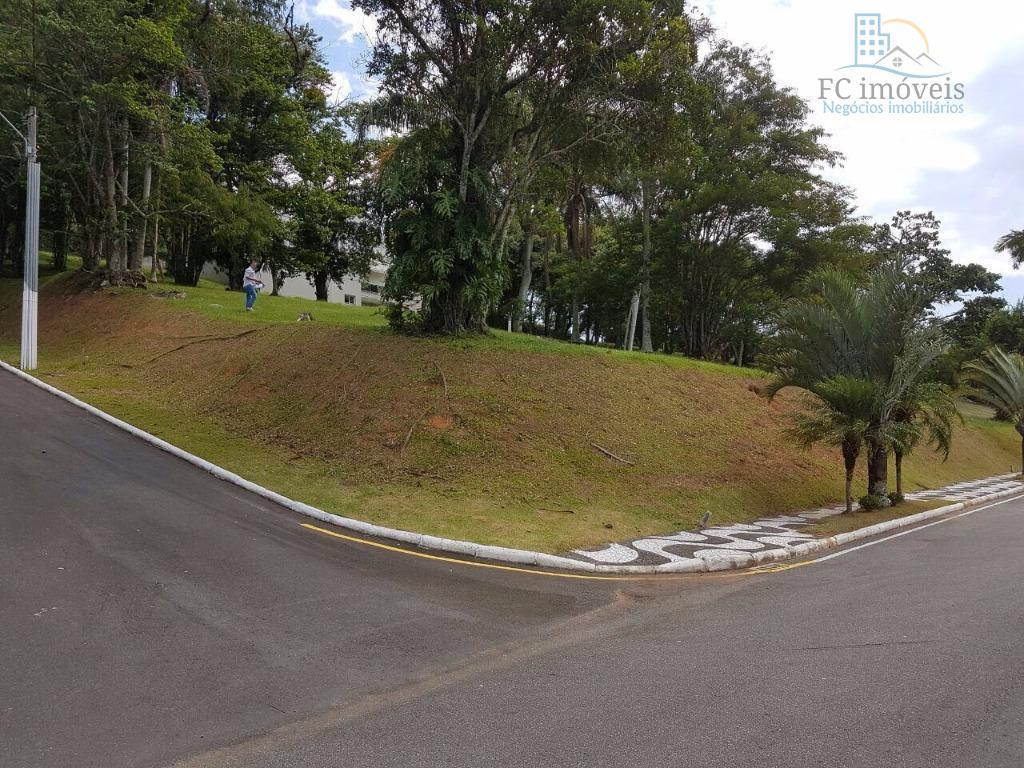 Lote em Condomínio de Alto Padrão, Barra, Balneário Camboriú, 50% Abaixo do Valor de Tabela. Consulte 47 3368.6000