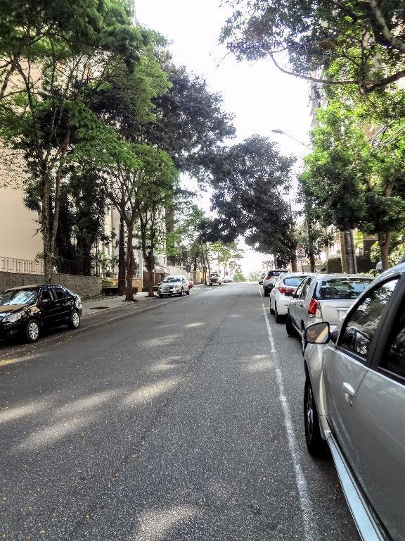rua desembargador otávio do amaral nº 716, a 1 quadra da praça ucrânia. entre as ruas...