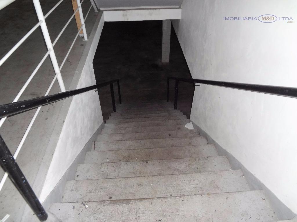 rua albino born nº 132 , bairro bom retiro.barracão medindo 964 m2, sendo:664 m2 de salão...
