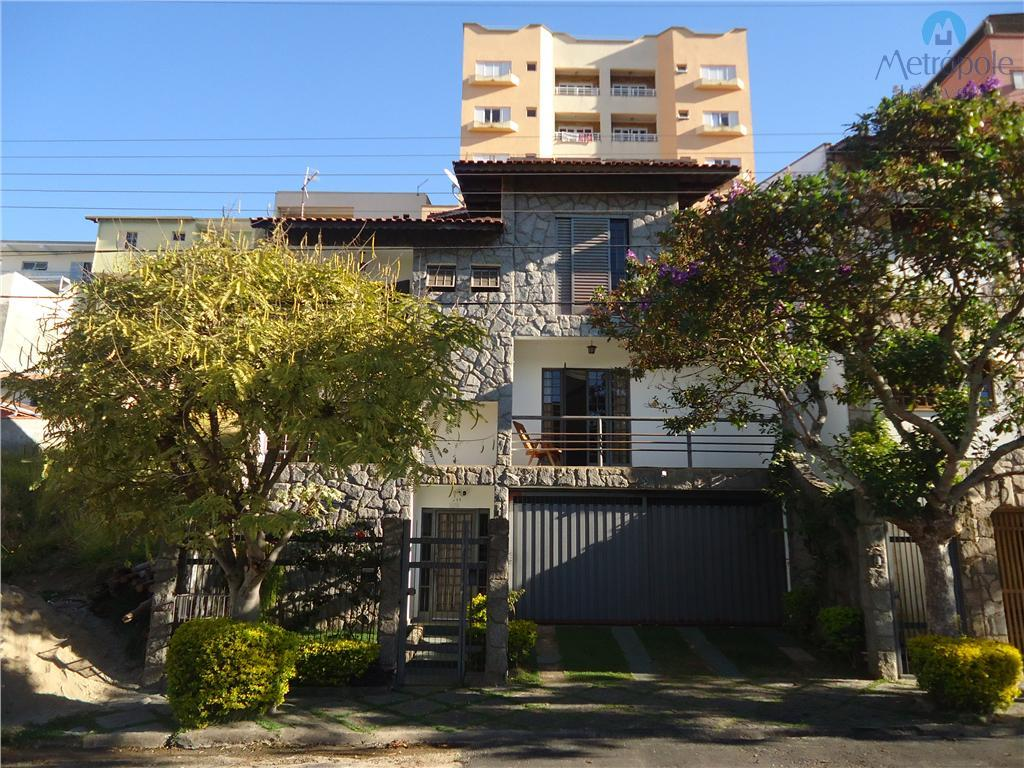 Casa residencial à venda, Jardim Centenário, Poços de Caldas.