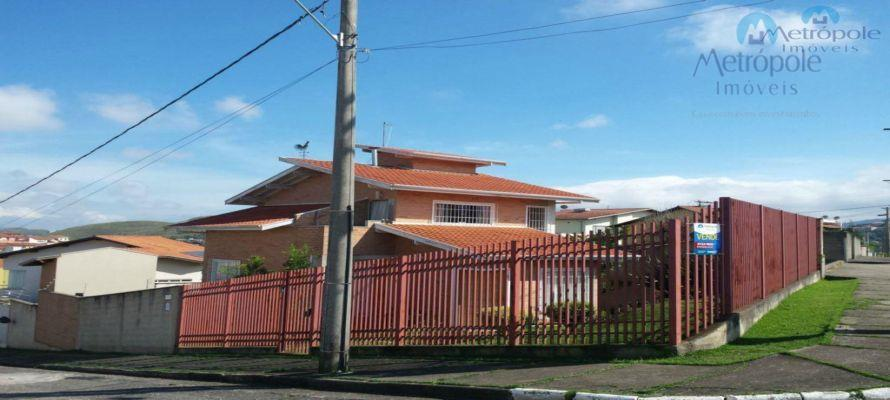 Casa residencial à venda, Jardim das Hortênsias, Poços de Caldas - CA0052.
