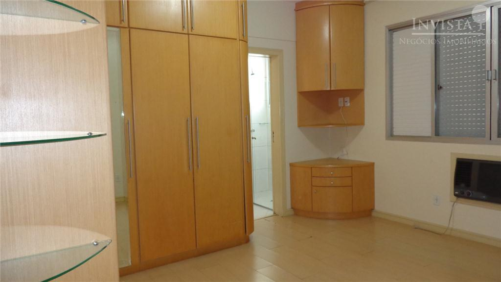 Apartamento de 3 dormitórios em Centro, Florianópolis - SC