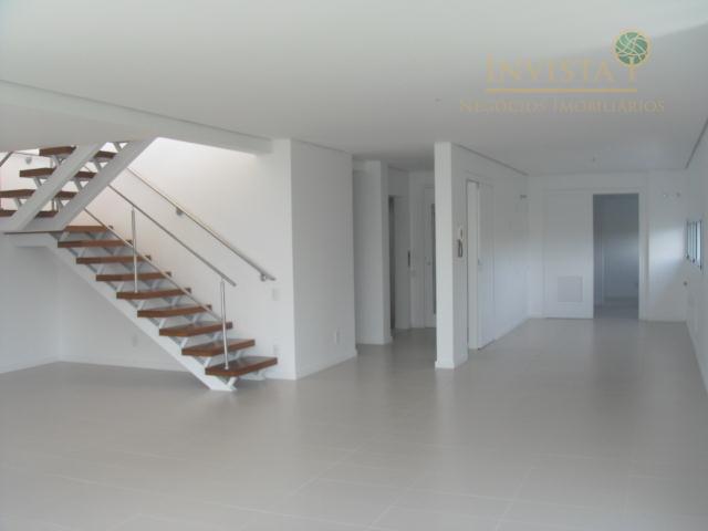 Cobertura de 3 dormitórios em João Paulo, Florianópolis - SC