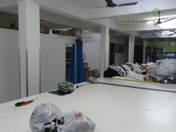 Casa de 2 dormitórios em Carianos, Florianópolis - SC