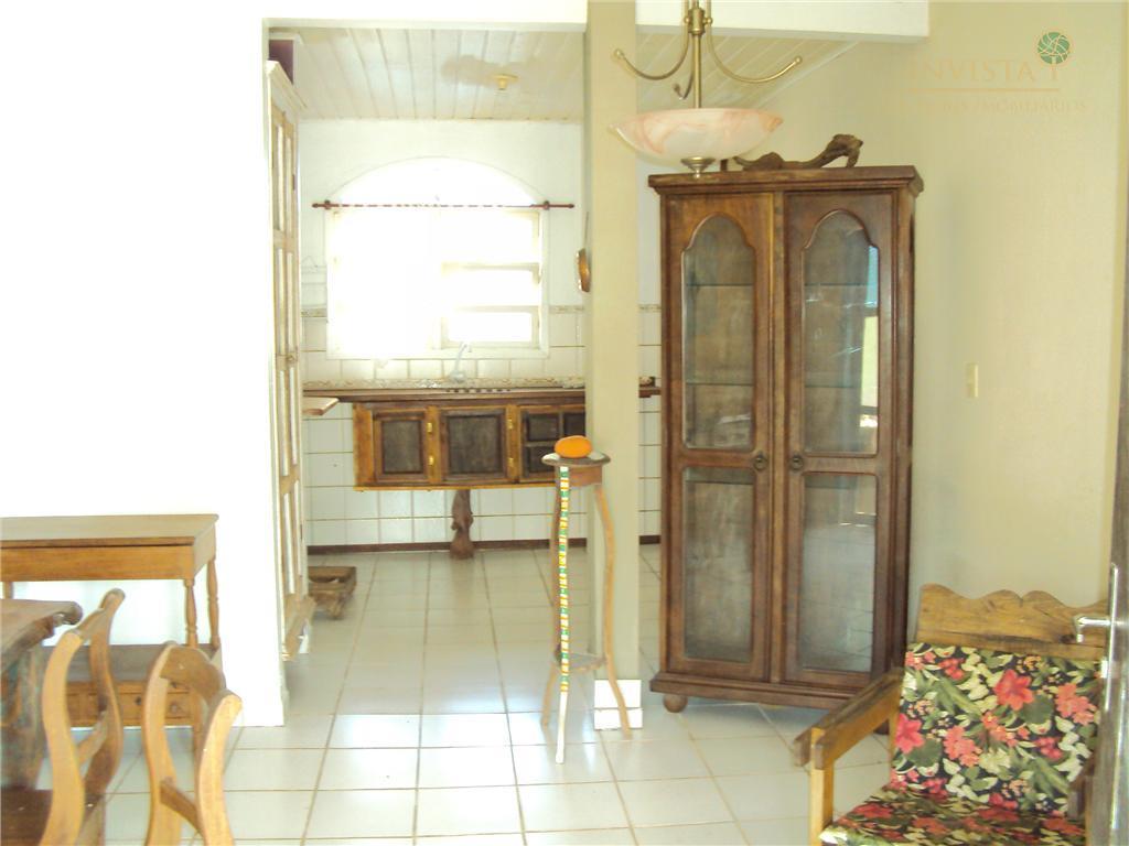Casa de 2 dormitórios em Rio Tavares, Florianópolis - SC