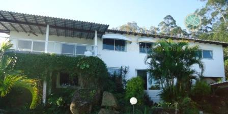 Casa de 3 dormitórios em Sambaqui, Florianópolis - SC