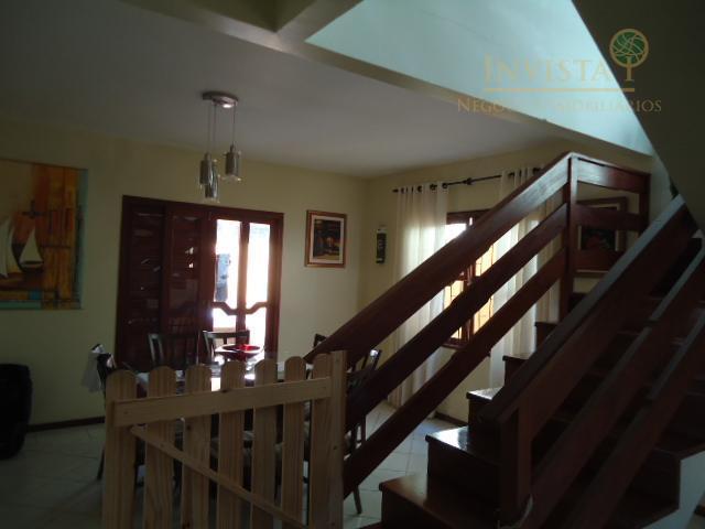 Casa de 4 dormitórios em Córrego Grande, Florianópolis - SC