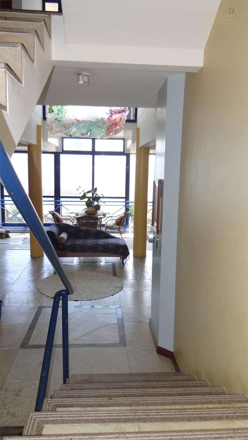 Casa de 3 dormitórios em Centro, Florianópolis - SC