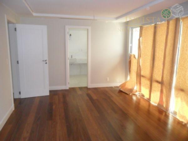 Cobertura de 5 dormitórios em Beira Mar, Florianópolis - SC