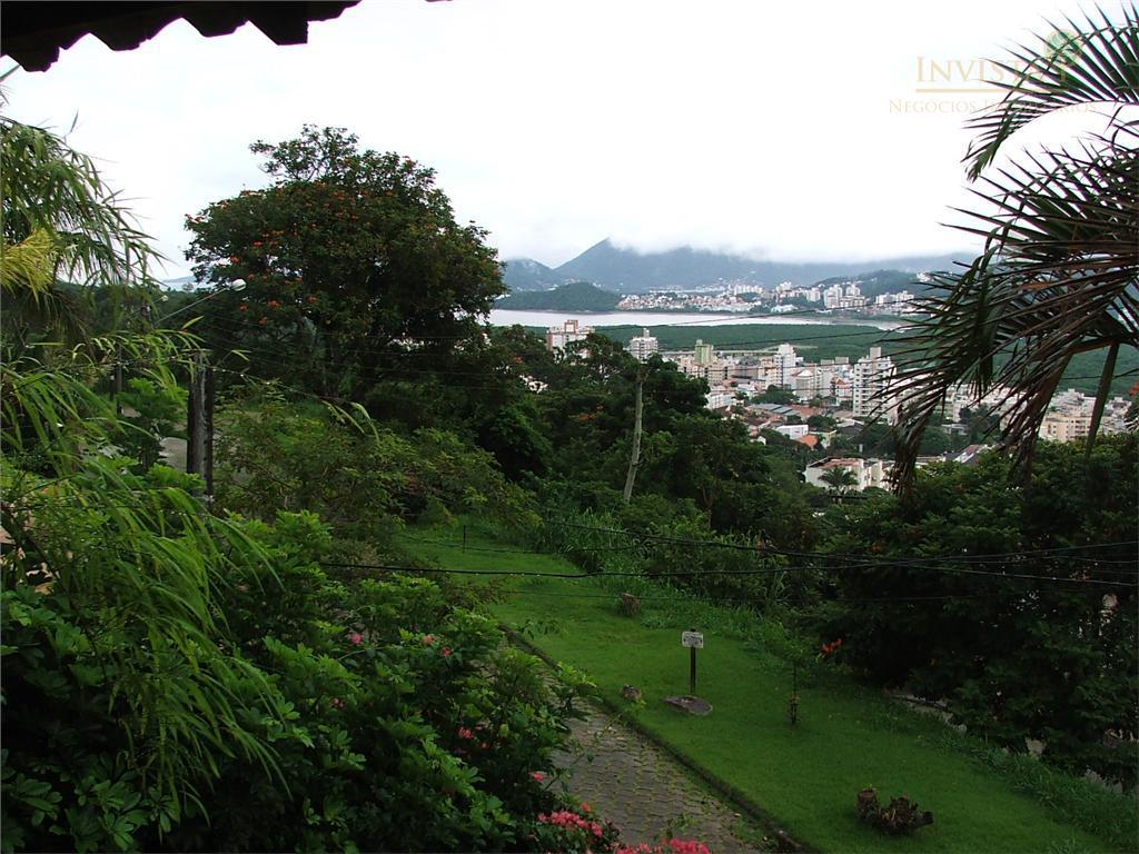 Casa de 5 dormitórios à venda em Trindade, Florianópolis - SC