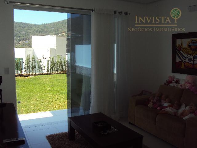 Casa de 3 dormitórios à venda em Córrego Grande, Florianópolis - SC