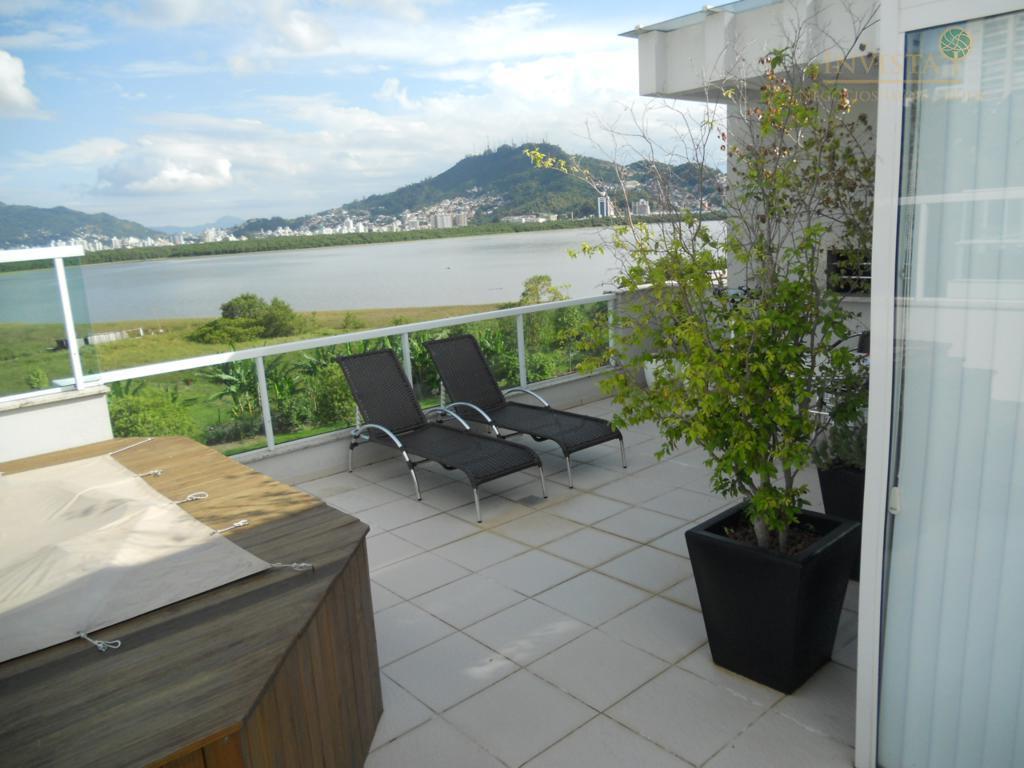 Cobertura de 2 dormitórios em João Paulo, Florianópolis - SC