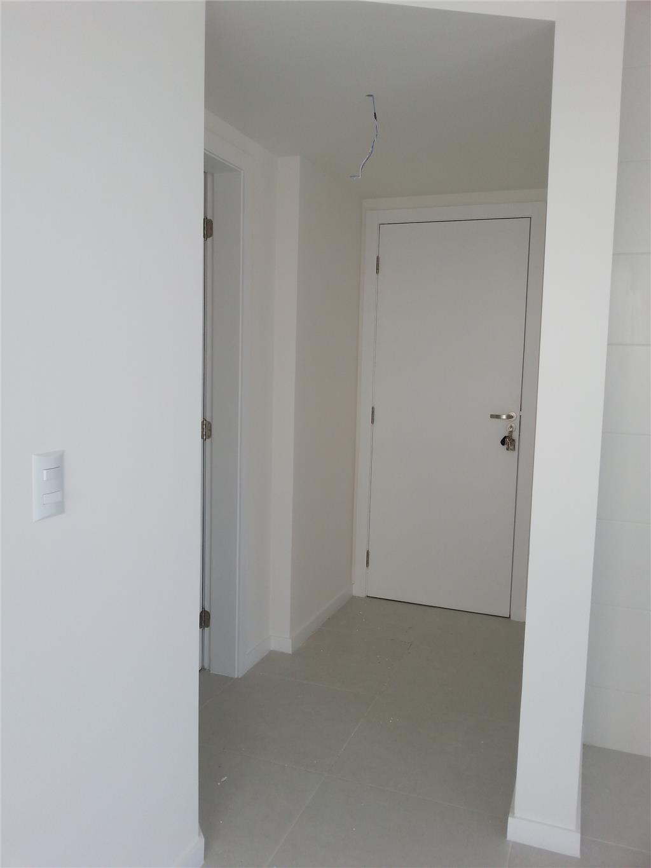 Apartamento de 2 dormitórios à venda em Areias, São José - SC