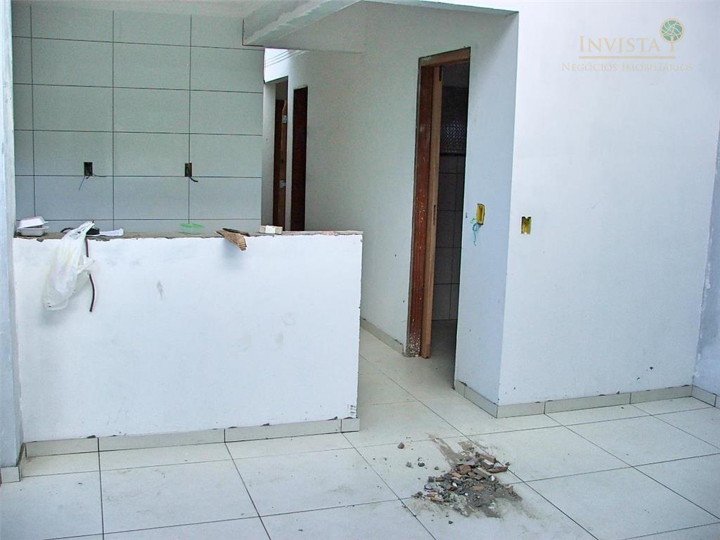 Casa de 3 dormitórios em Rio Vermelho, Florianópolis - SC